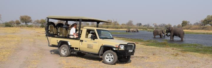 africansafaribotswana.com